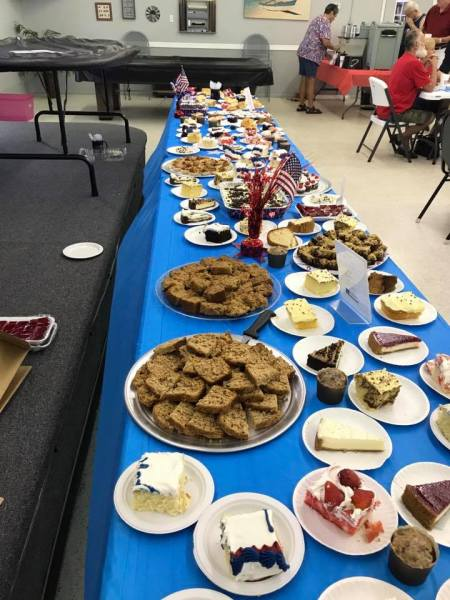 4th of July desert table