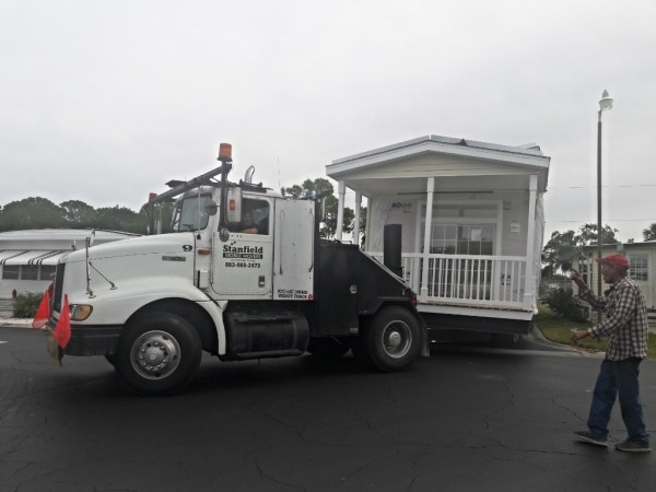 Brand new double wide Jacobsen home arrives