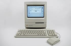 Macintosh Classic / Classic II