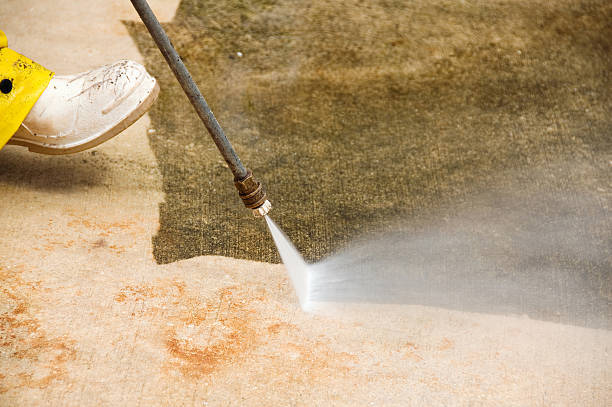 How to Find the Best Commercial Pressure Washing Companies