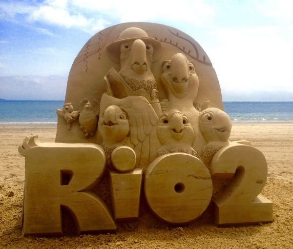 Revere Beach sand sculpture promotion for 20th Century Fox, RIO 2, Rusty Croft
