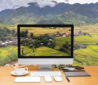 Travel-Booking on Internet Travel Sites