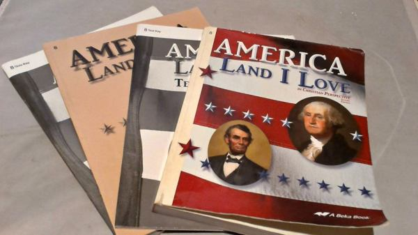 A Beka Grade 8 History Curriculum (Land that I Love) 4 pieces $18.00