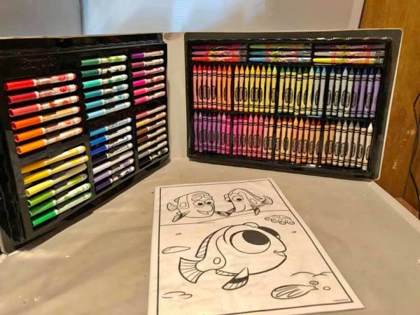 Dory Coloring kit $15.00