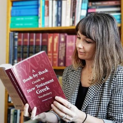 A BOOK-BY-BOOK GUIDE TO NEW TESTAMENT GREEK VOCABULARY - by Christopher J. Fresch (Hendrickson)