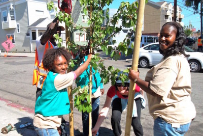 5 Tips for Helping Your Children Get Involved in the Community