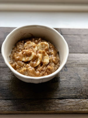 Easy PB & Banana Oatmeal