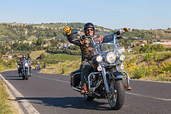 Ride Adventures: Learn the Great Benefits of Motorcycle Tour
