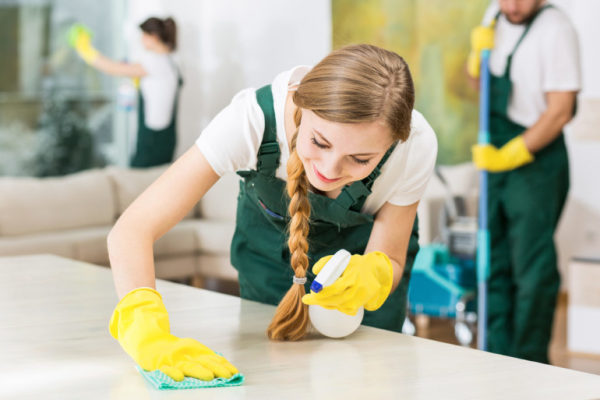 Tips to Consider When Hiring a House Cleaning Service