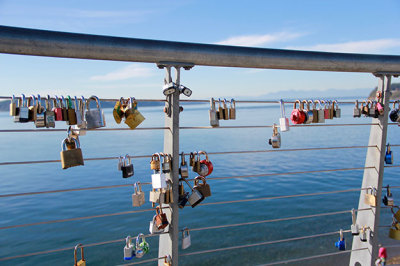 Pierce County's love locks bridge