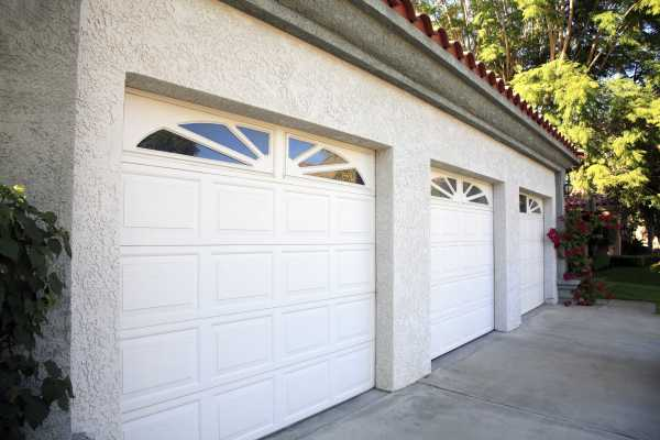 Tips That Can Be of Help to You When Buying Roll-up Garage Doors