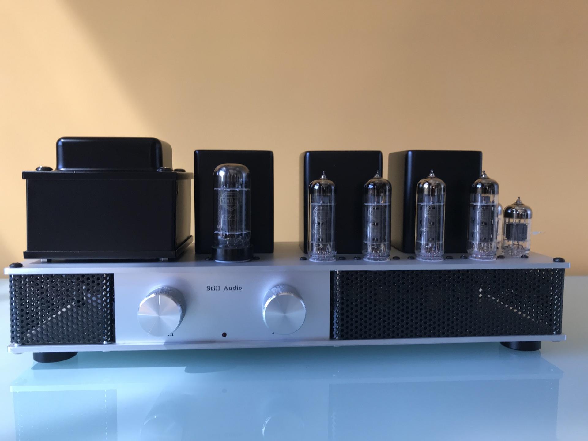 The EL84 Bookshelf Amplifier
