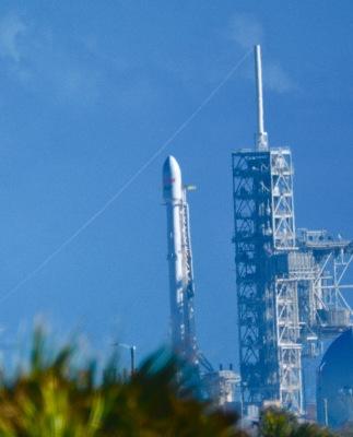 Falcon 9 on Complex 39B