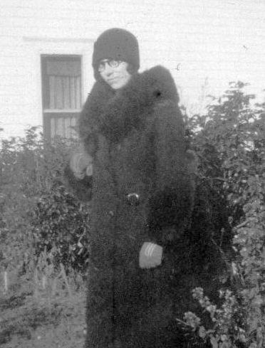 The mysterious Aunt Clara as a young woman.