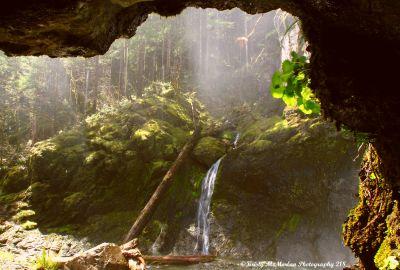 Henline Falls Cave