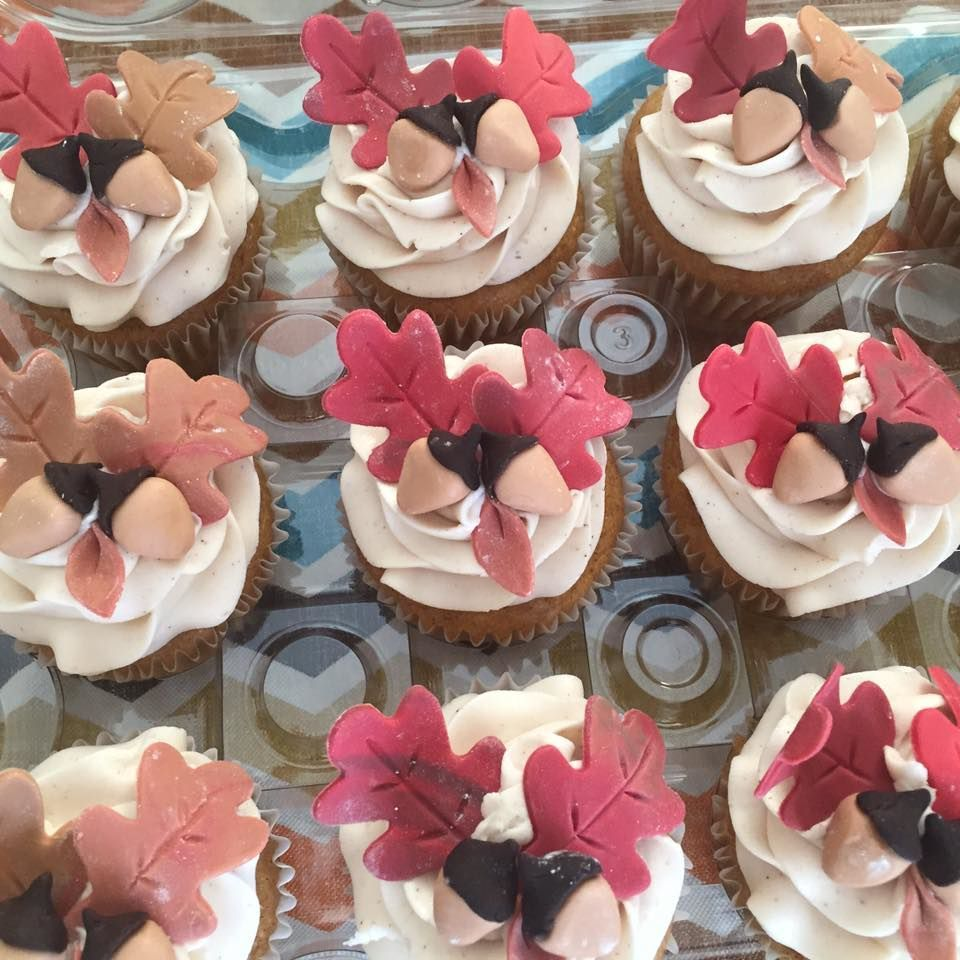 Wedding Cakes Custom Cupcakes Sinfully Delicious Treats And So Much More