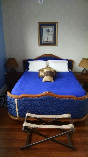 Blueberry Queen bed