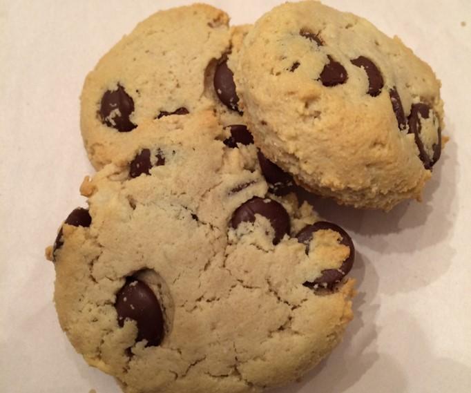 Gluten-free Almond Dark Chocolate Chip Cookies