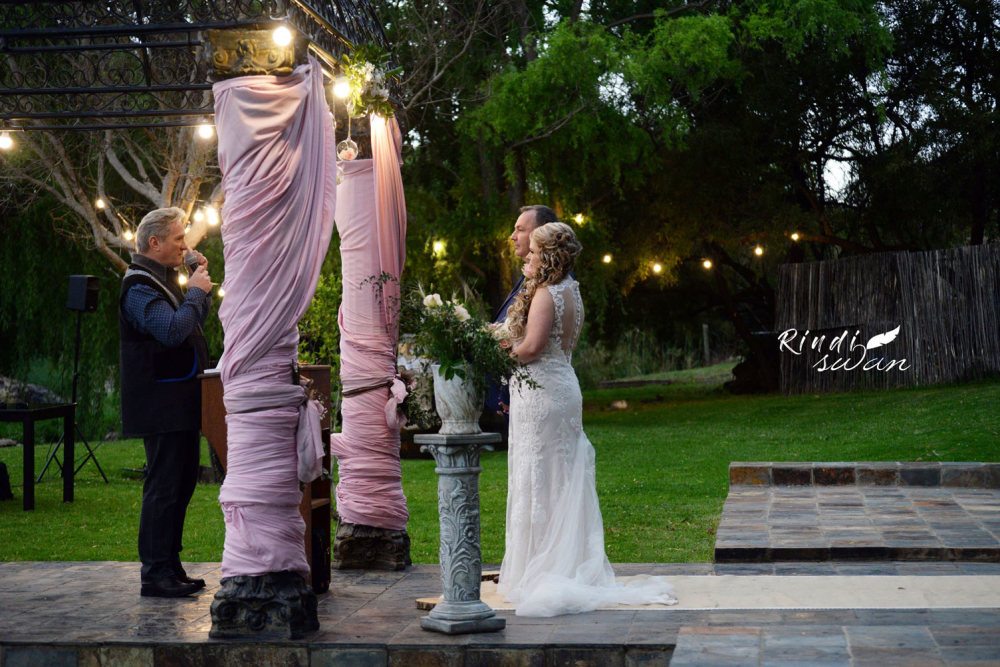 Romantic and Elegant Wedding at 23onRiverside