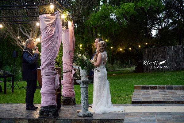 Romantic and Elegant Wedding at 23onRiverside