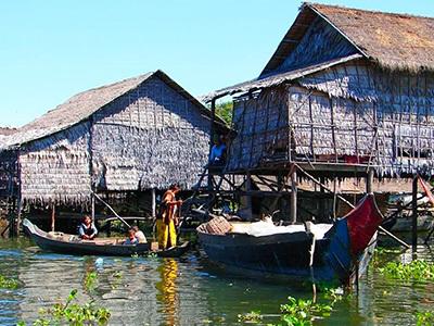Kampong-Phluk-Village-11-400x300