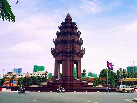 Independent-Monument-01-453x340.jpg