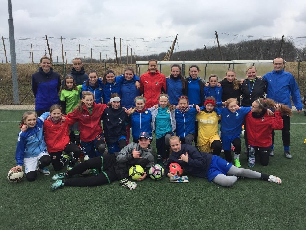 Dívky porazily Austin/USA 4:0