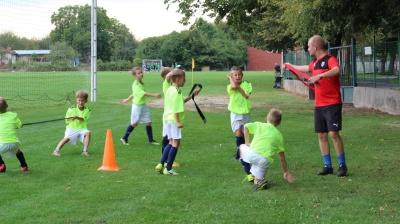 Grassroots trenéři mládeže pomají klubům v okresech