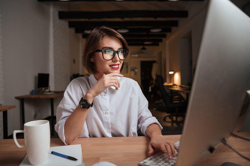 Dzięki e-learningowi możliwe jest kończenie różnego rodzaju kursów i szkoleń bez konieczności wychod