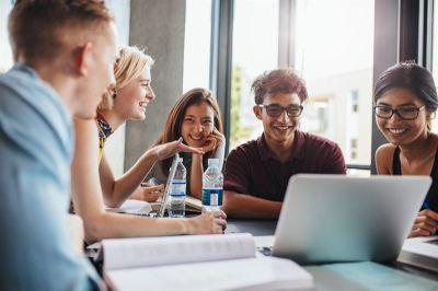 Studia przez Internet, czyli możliwości e-learningu