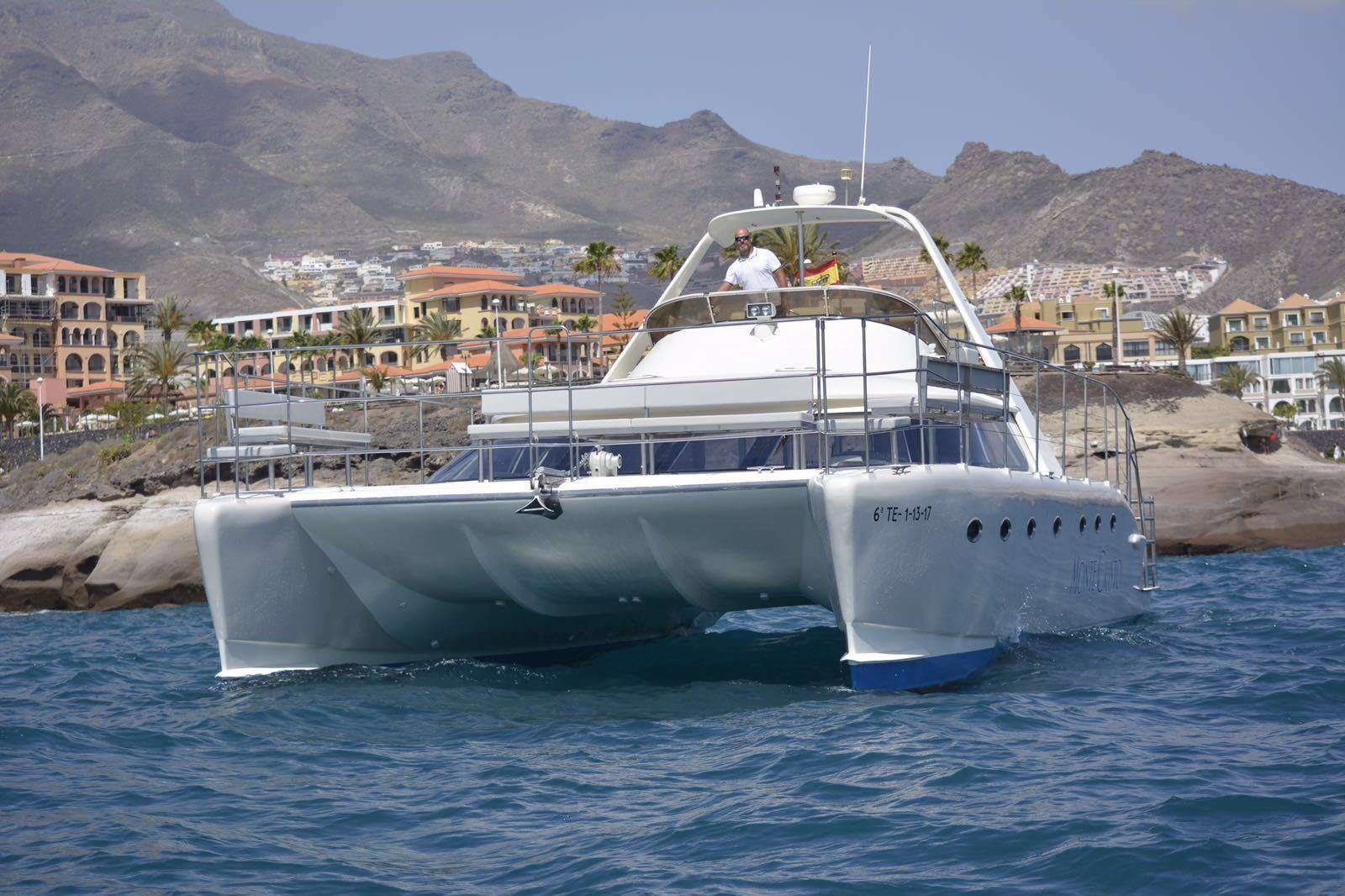 Catamaran Monte Cristo