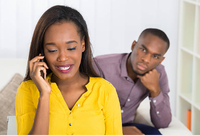 Simple Signs to Know Your Spouse is Cheating