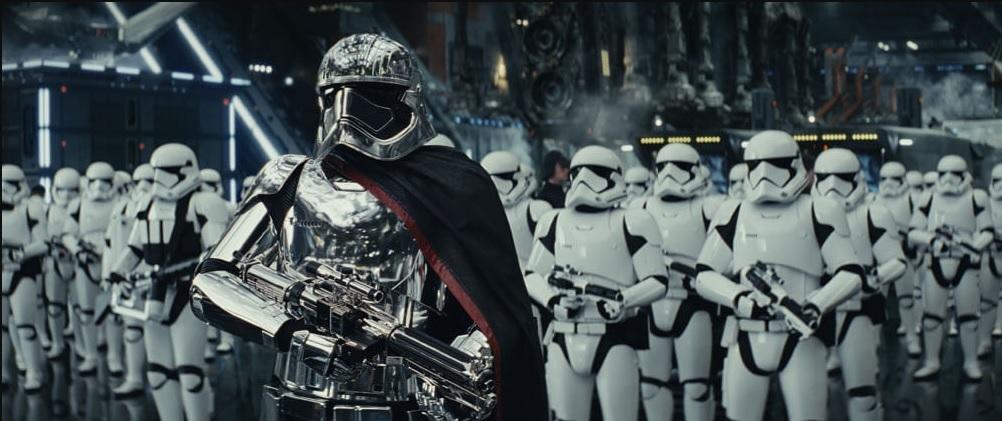 star-wars-the-last-jedi-review-captain-phasma