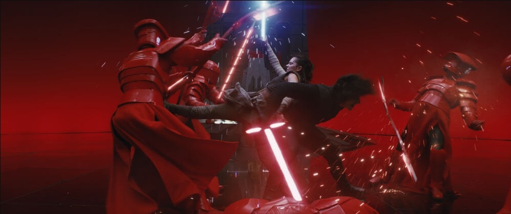 star-wars-the-last-jedi-review-throne-room