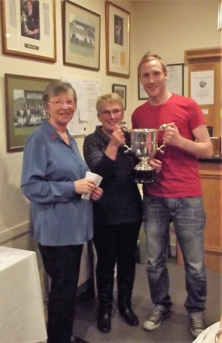 Pairs Champions Linda Richardson and Matt Scott