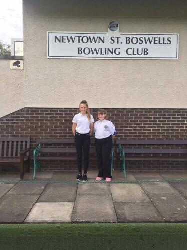 Junior Champion 2017 Melissa whittet and Runner Up Sophie McNeil