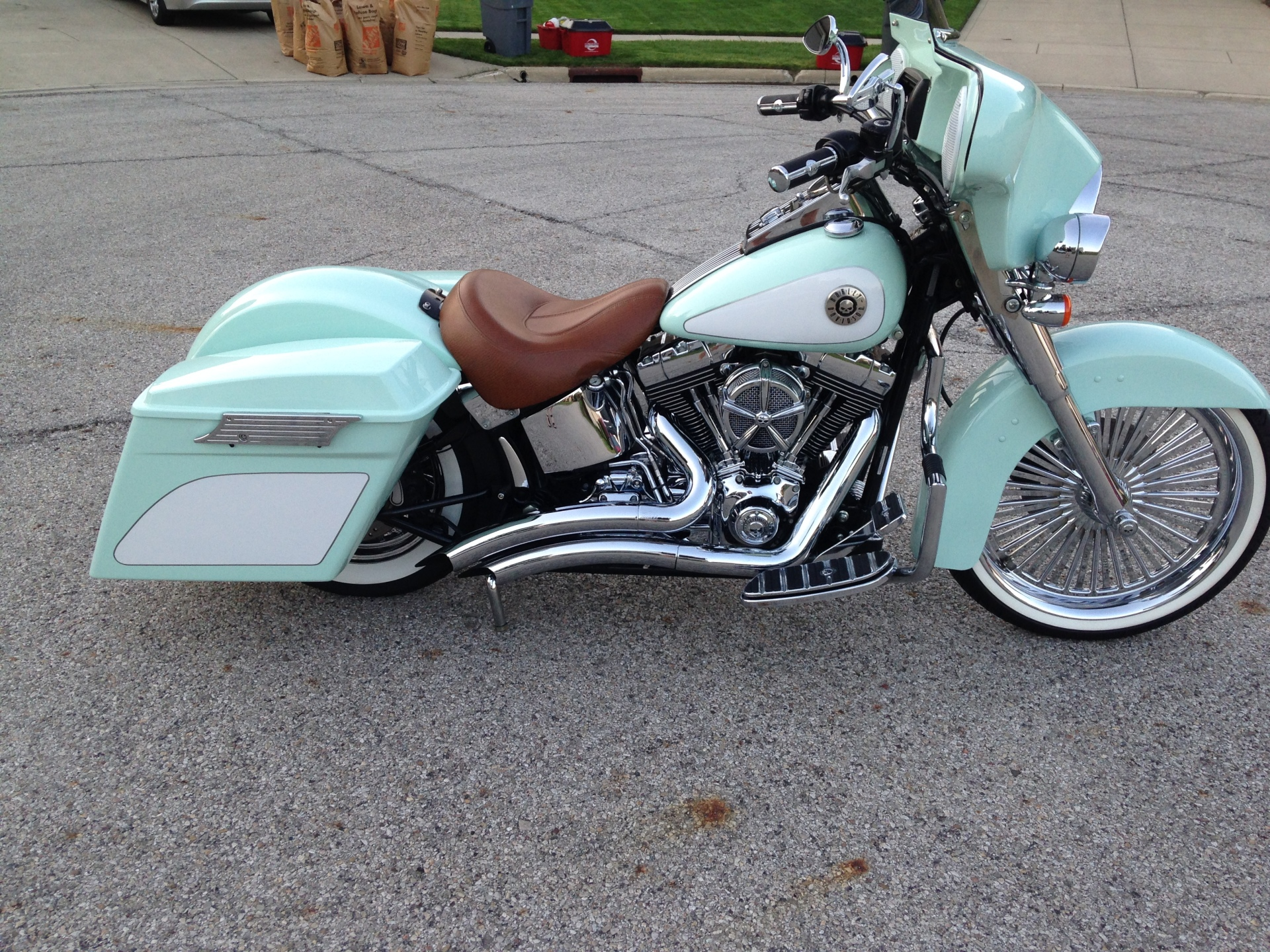 """2007 Softail with a reckless fairing 21"""" wheel"""