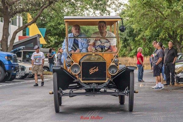 Gateway Classic Cars 3/31/18