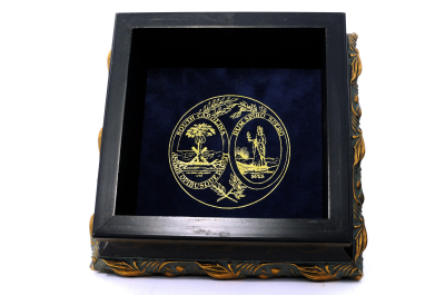 SC Governors Hostess Box(Small) with State Seal inside $79.00+$15 Shipping