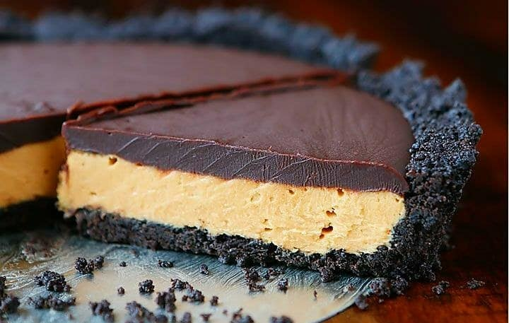 Specialty Cheesecake 10 Inch Round