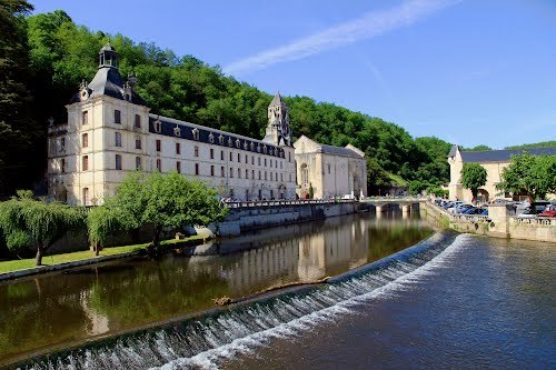 Historical sights and towns to visit