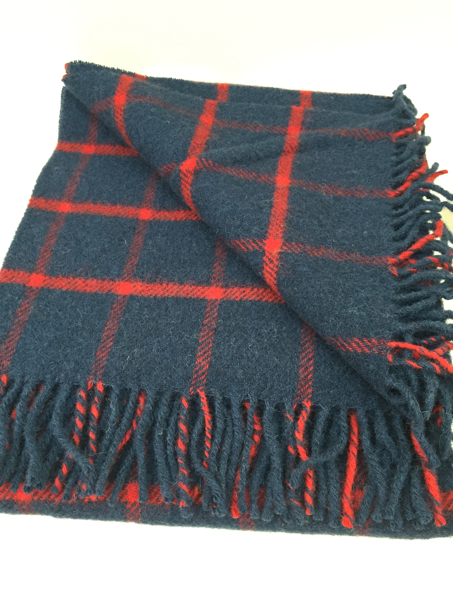 Chequered Check Navy red Knee Rug