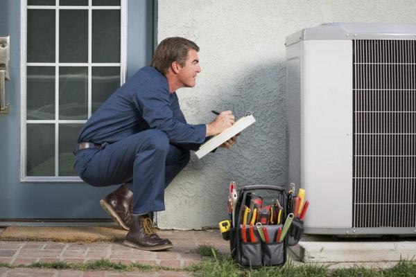 Determining When To Seek The Services Of An Air Conditioner Repair Expert