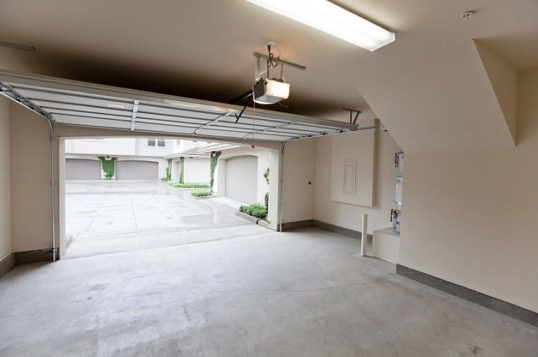 A Guide to Garage Door Openers
