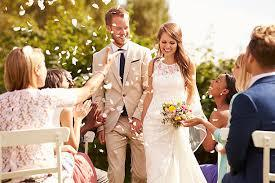 Benefits of Showcasing Different Fashion of Wedding Gowns Using Online Galleries