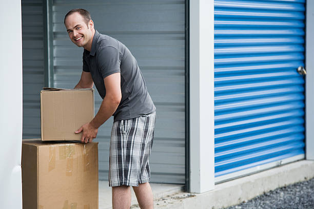 How to Choose a Self-Storage Facility