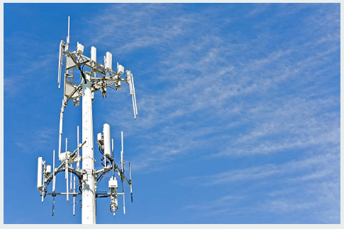 Factors to Consider When Hiring a Cell Phone Tower Lease Consultant