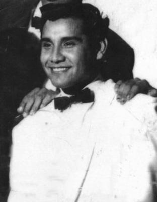 lead singer Manuel Canez