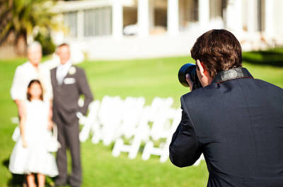 Tips on How to Identify the Right Wedding Photographer