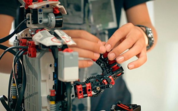Play with Lego WeDo Robotics until you are ready to learn how to build and program a Lego Mindstorms robot